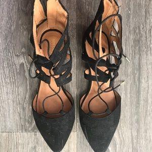 Black Stylish Closed Toe Sandals